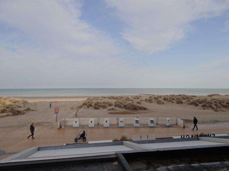 SUN BEACH I